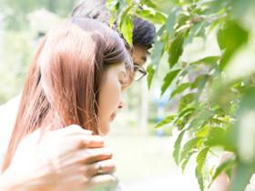 男女朋友感情升溫的小動作
